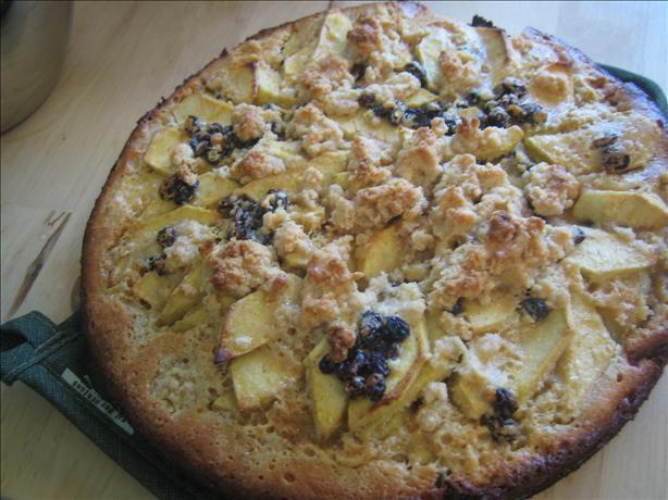 Cinnamon Raisin Apple Kuchen