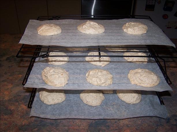 Cinnamon Walnut Macaroon Cookies