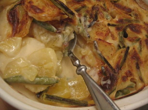 Scalloped Potatoes With Fresh Green Beans