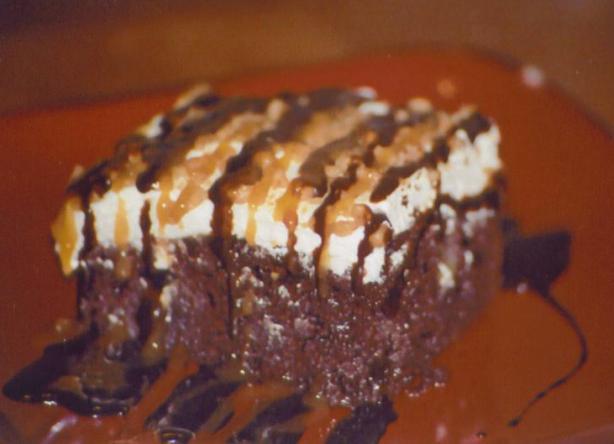 Loretta Lynn's Gooey Cake