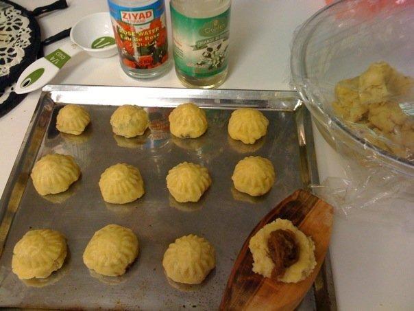 Lebanon Traveler's Date Cookies (Mamoul)