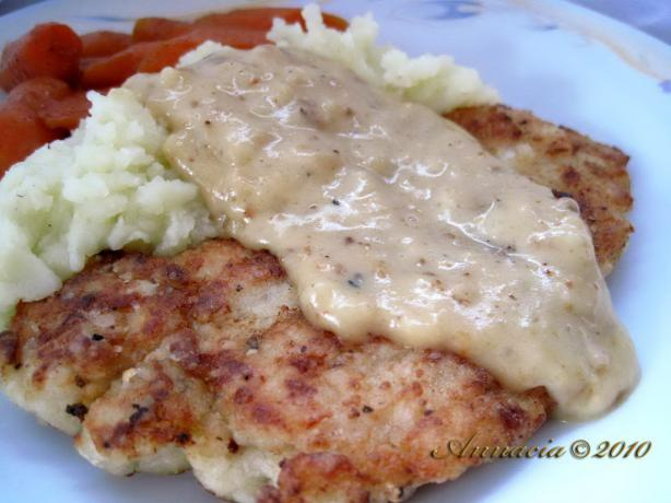 Fried Chicken With Peppery Gravy