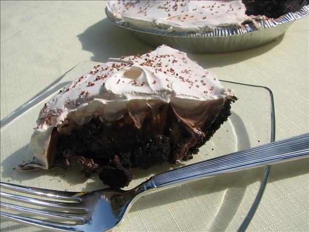 V's Creamy Chocolate Pie