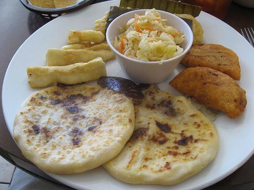 El Salvadorian Pupusas