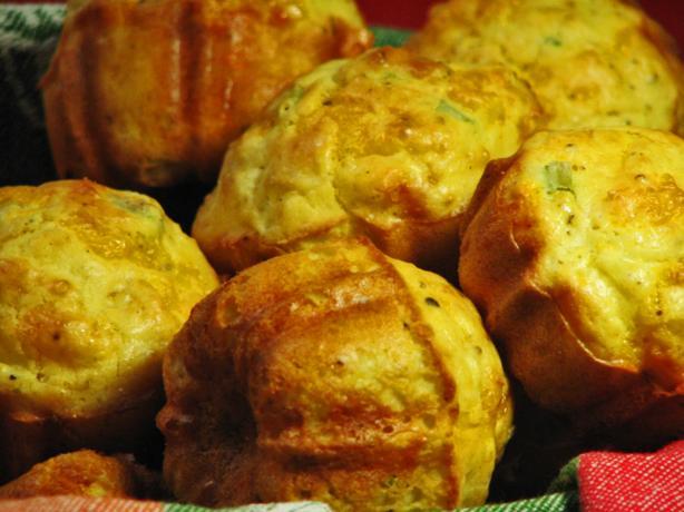 Yummy Cheddar Muffins