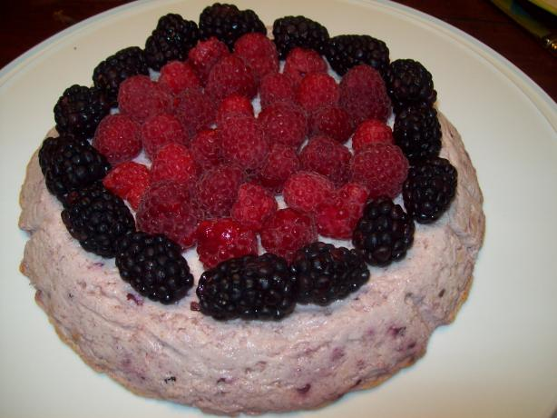 Crustless Blackberry Cheesecake