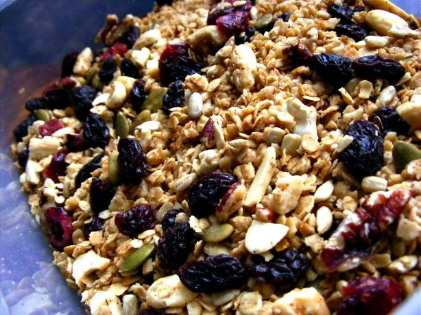Homemade Cinnamon Granola
