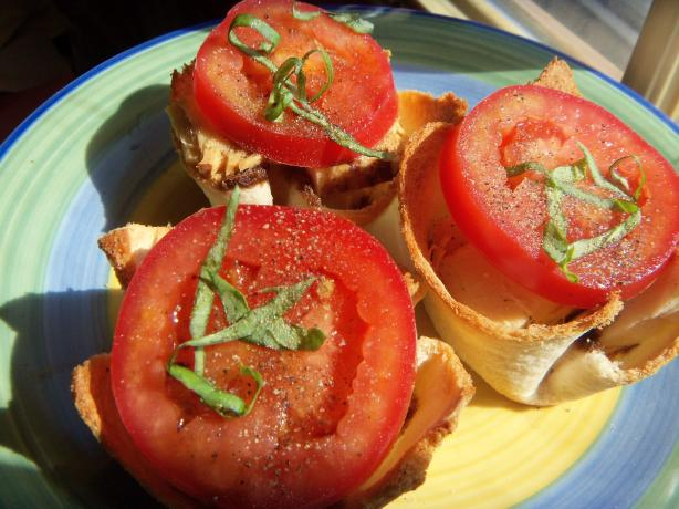 Caprese Tartlets ( Recipe Courtesy Melissa D'arabian)