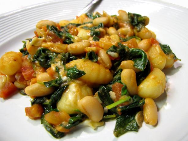 Skillet Gnocchi With Spinach & White Beans