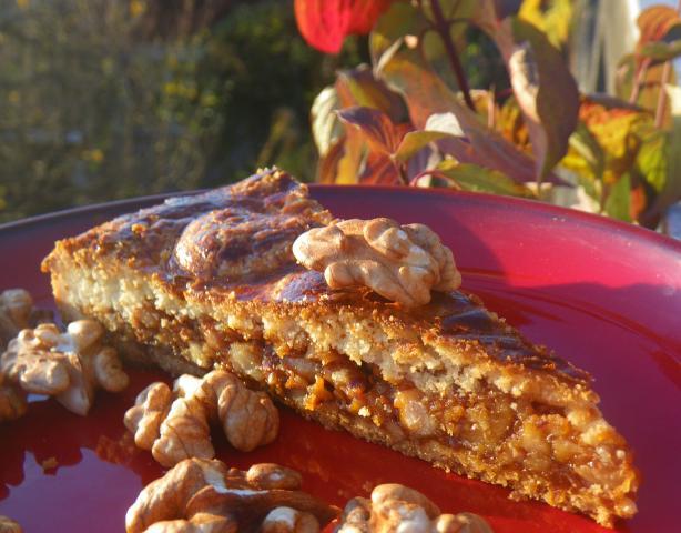 Swiss Walnut Pie (Engadiner Nusstorte or Bündner Nusstorte)