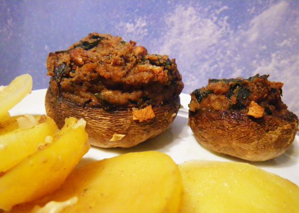 Stuffed Champignons on Potatoes Bed