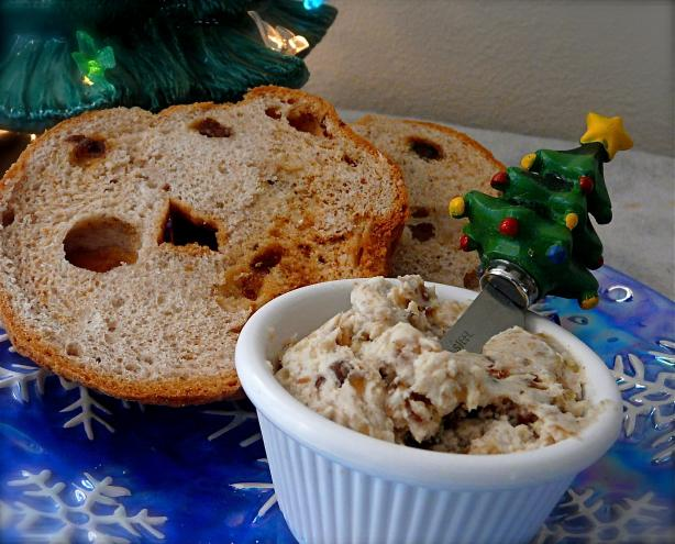 Date and Walnut Spread