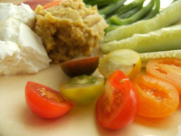 Hummus, Ricotta and Vegie Platter