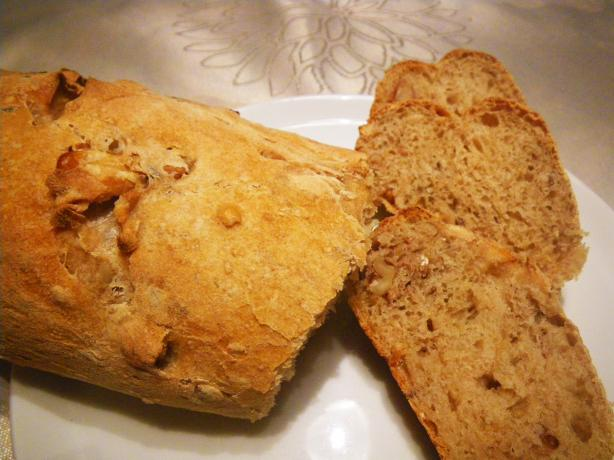 Walnuts and Potatoes Bread