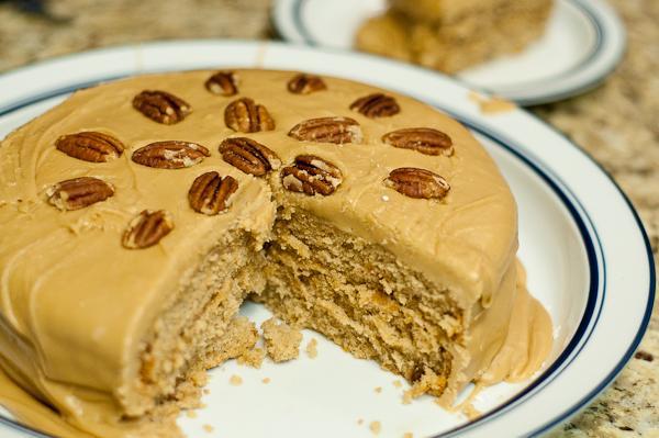 Praline Spice Cake