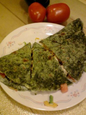 Spinach Flour Tortillas