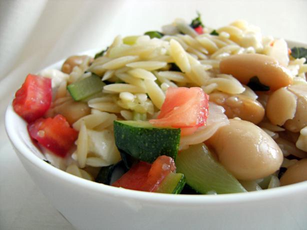 Tomato and Cannellini Bean Pasta