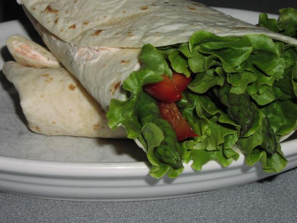 Salmon and Asparagus Wraps