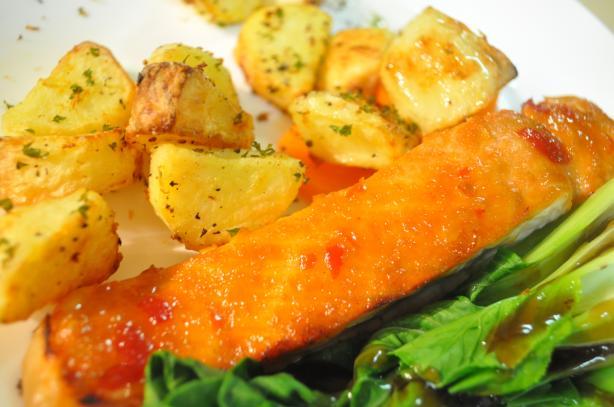 Salmon With Sweet Chili Glaze