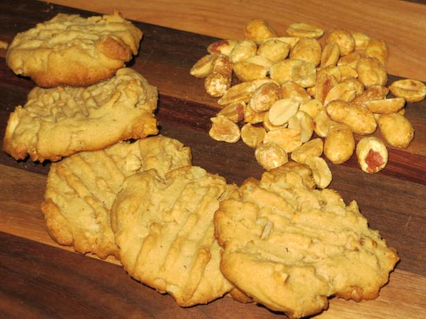 Awesome Peanut Butter Cookies...the Best!!!