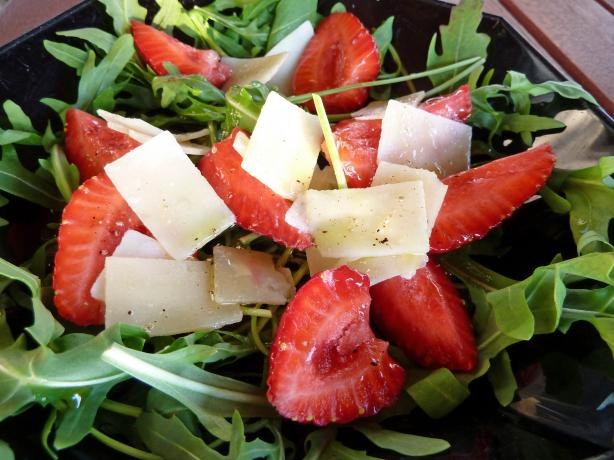 Insalatina Con Fragole Al Balsamico Strawberries Arugula Balsami
