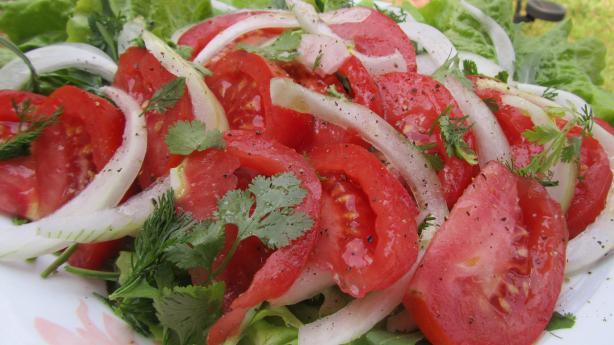 Ensalada Chilena (Chilean Salad)