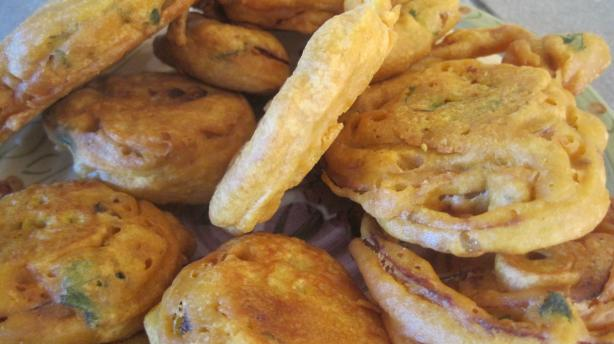 Onion Fritters (Bhajas)