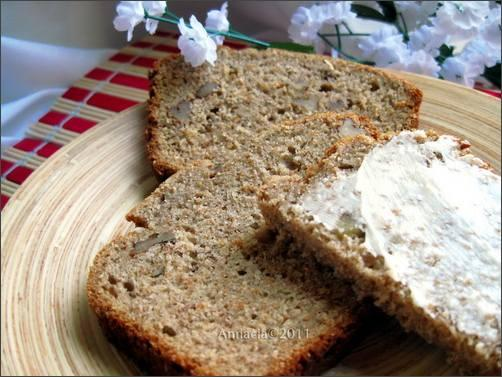 Heavenly Healthy Banana Bread from Kaf