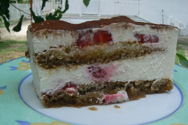 Strawberry Tiramisu (For Those in Greece)