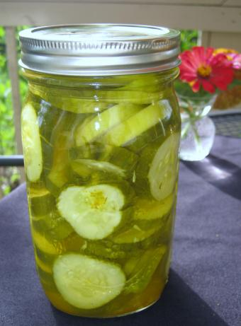 Microwave Dill Pickles