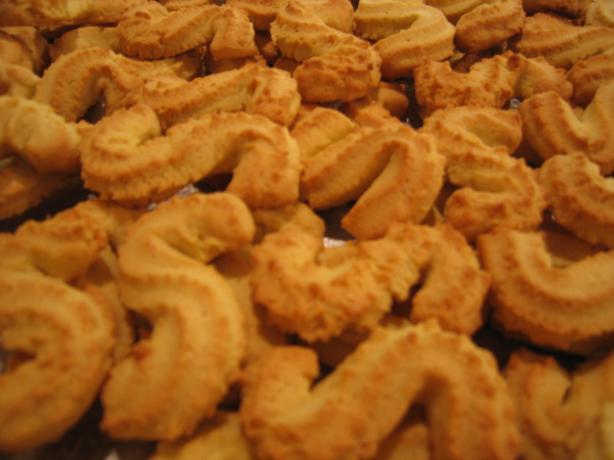 Portugese Spikes of Corn Cookies (Espigas De Milho)