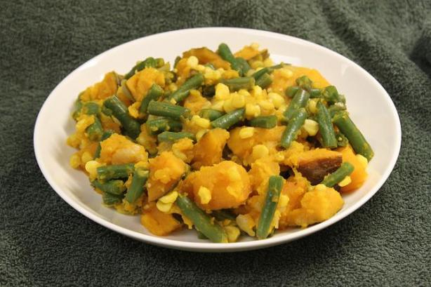 Porotos Quebrados (Green Bean and Pumpkin Stew)
