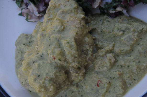Abkhazia: Akuteitsarsh (Chicken in Peanut Sauce)
