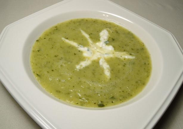Zucchini Soup With Herbed Cream