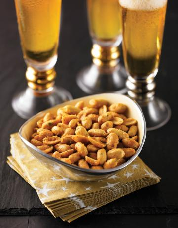 Sweet and Spicy Cajun Roasted Peanuts