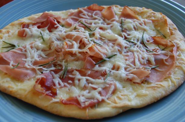 Prosciutto Rosemary Flat Pizza
