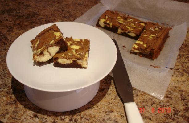 Brownie-Cheesecake Bars