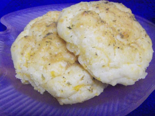 Red Lobster - Cheddar Bay Biscuits (Clone)