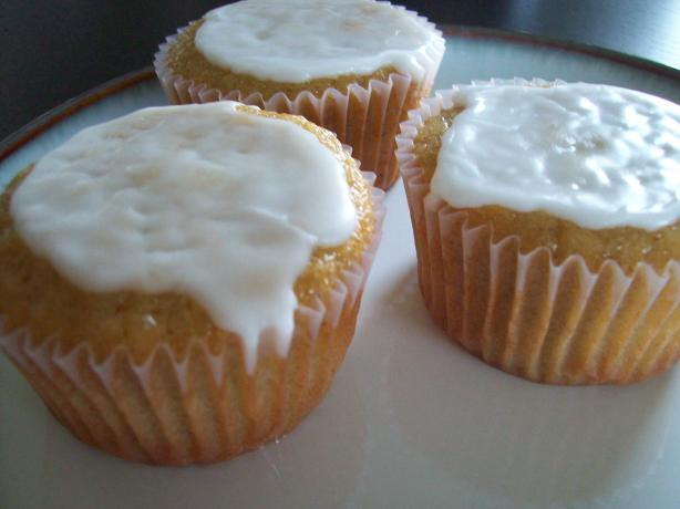 Marzipan (Cup)cake(S) With Lemonglaze