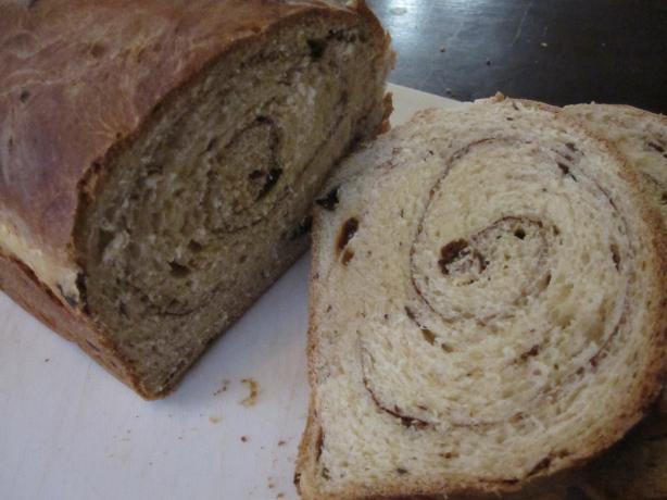 Dk's Raisin Bread