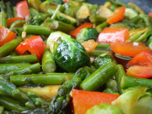 Brussels Sprouts, Asparagus & Bell Pepper Medley