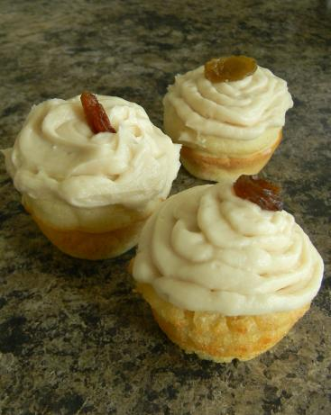 Rum Raisin Minicakes With Maple Frosting