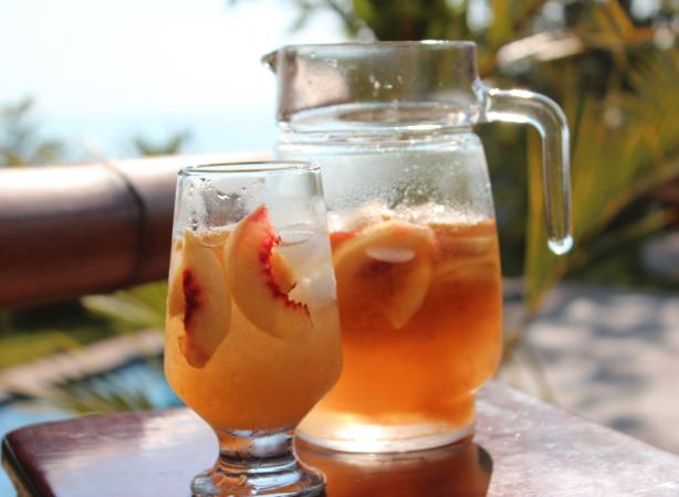 Gingery Peach Cooler