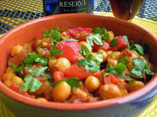 Garbanzos Con Chorizo - Chickpeas With Chorizo