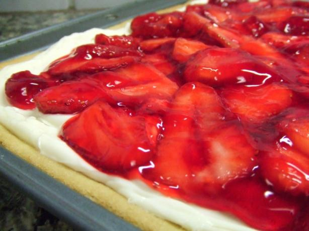 Strawberry Splendor Pizza Recipe