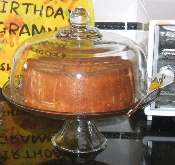 Nee's Hot Buttered Rum Cake