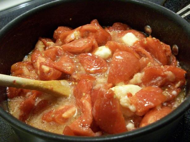Shockingly Sweet Stewed Tomatoes