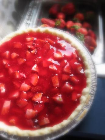 Simple Strawberry or Peach Pie