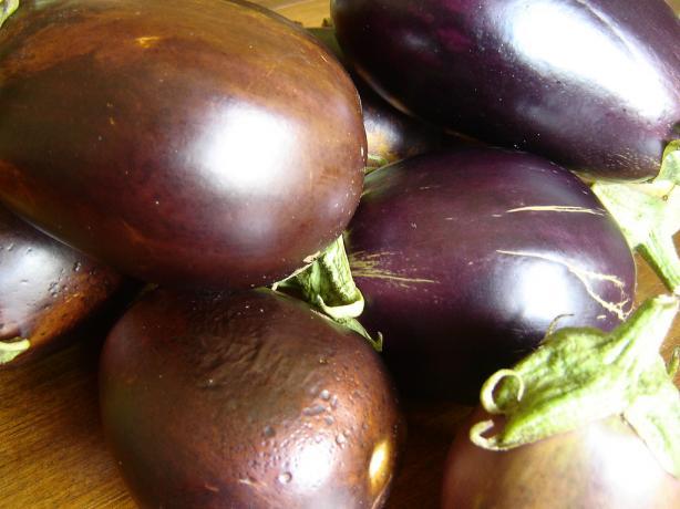 Lebanese Eggplant Jam (Murabba Mhashee Batindshan)
