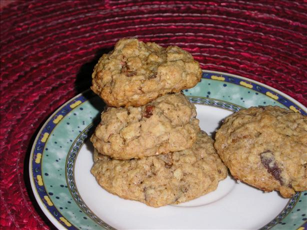 Hearty Oatmeal Cookies